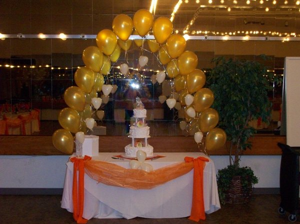 photo 82 of Balloons 'N Blooms