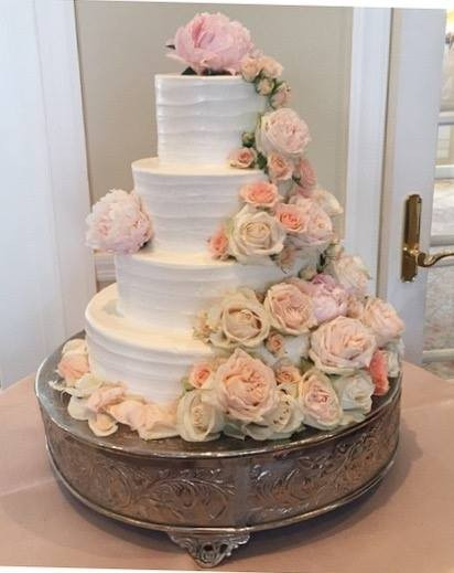 600x600 1459908650016 soft lined texture four tiers with fresh flowers