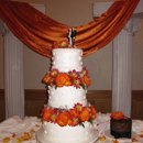 130x130 sq 1245560662886 joanaandbryanweddingcake016