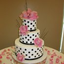 130x130 sq 1283050417590 michelleandjamesweddingcake012