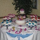 130x130 sq 1287280506929 loriandbobweddingcaketable004