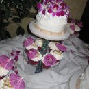 130x130 sq 1287280574351 loriandbobweddingcaketable006