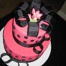 130x130_sq_1298069981187-vanessasbirthdaycake015