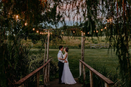Vermont wedding venues reviews for 181 venues inn at the round barn farm junglespirit Gallery
