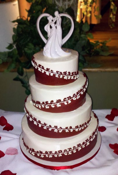 Burgundy White Round Winter Wedding Cakes Photos Amp Pictures