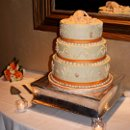 130x130_sq_1281400340710-annettephilsweddingcakefinished