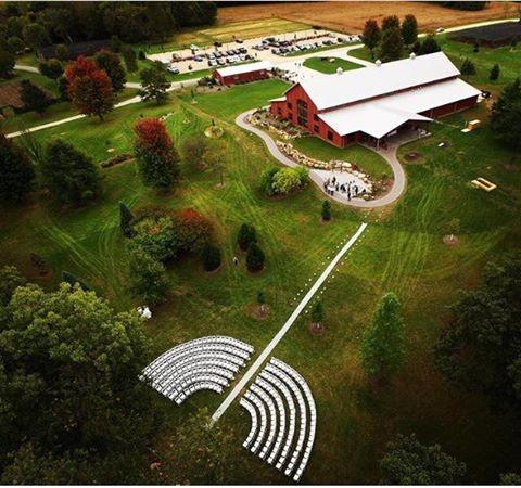 The Barn At Hornbaker Gardens Princeton Il Wedding Venue