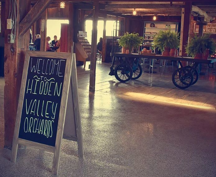 Hidden Valley Orchards Venue Lebanon Oh Weddingwire