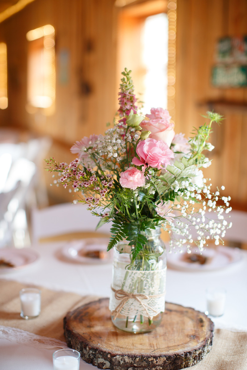 Rustic pink barn centerpiece centerpieces country indoor for Images of centerpiece ideas