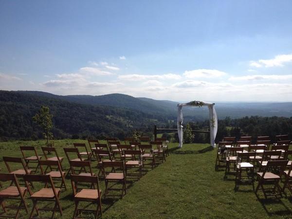 Barnes Barn Weddings North Brookfield Ny Wedding Venue