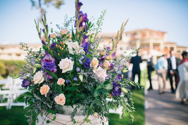 Gorgeous Ceremony Arrangements Of Peach Roses And Purple Gladiolus Lisianthus Venue Seascape Beach