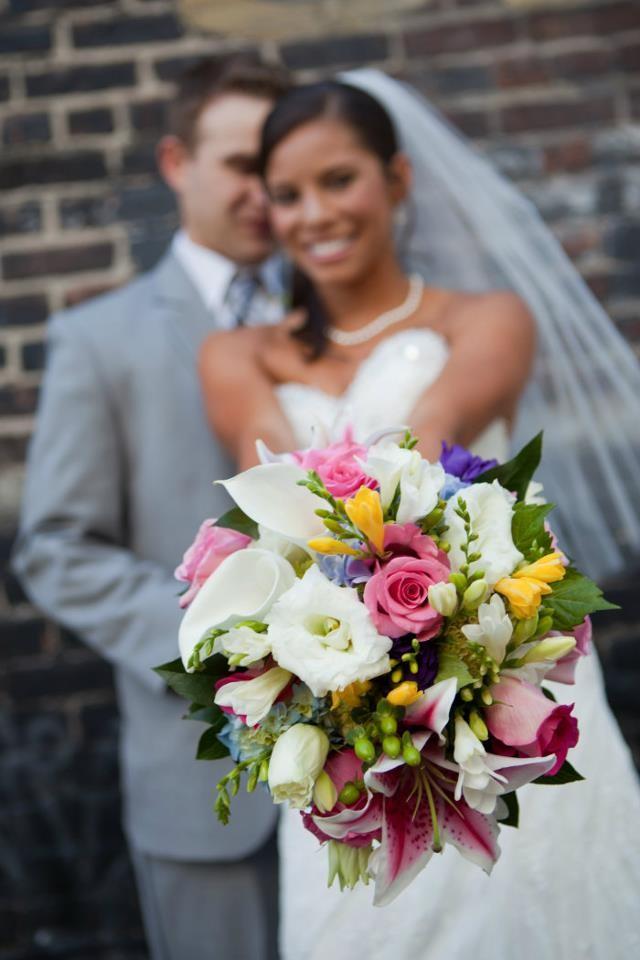 Julie ann design flowers eugene or weddingwire for Wedding dresses eugene oregon