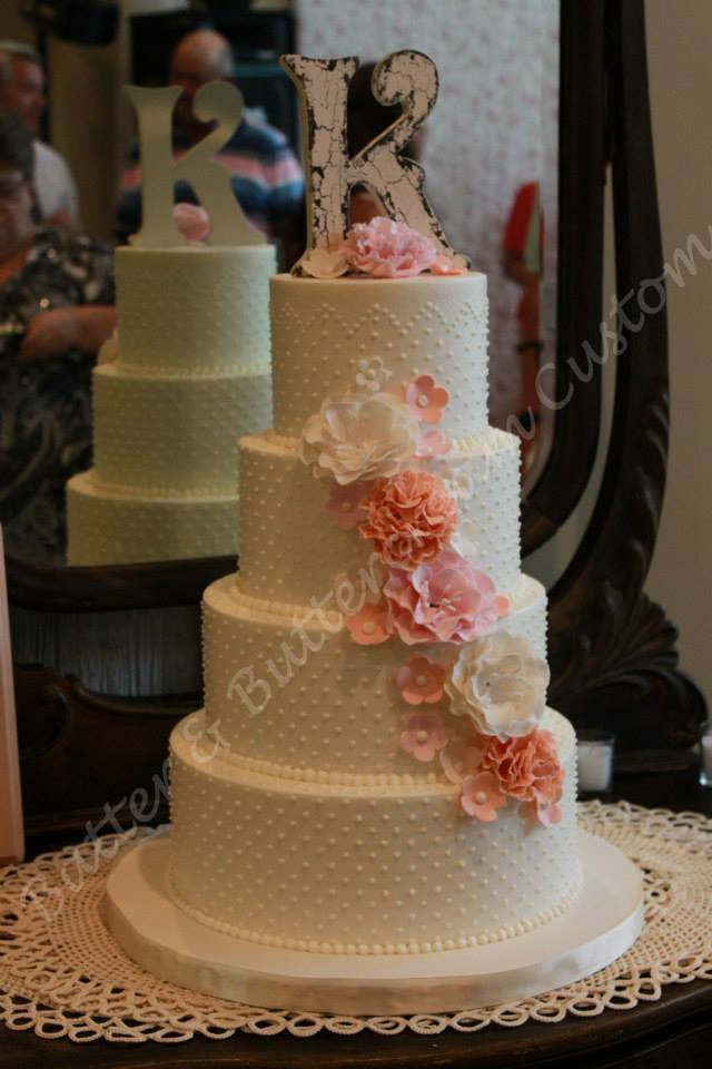 how much batter for wedding cake batter amp buttercream custom cakes advice batter 15442