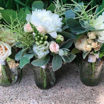 madison wedding florists reviews for florists. Black Bedroom Furniture Sets. Home Design Ideas