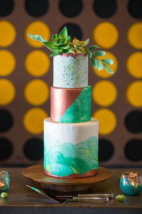 Bangor wedding cakes reviews for cakes asas cakes junglespirit Choice Image