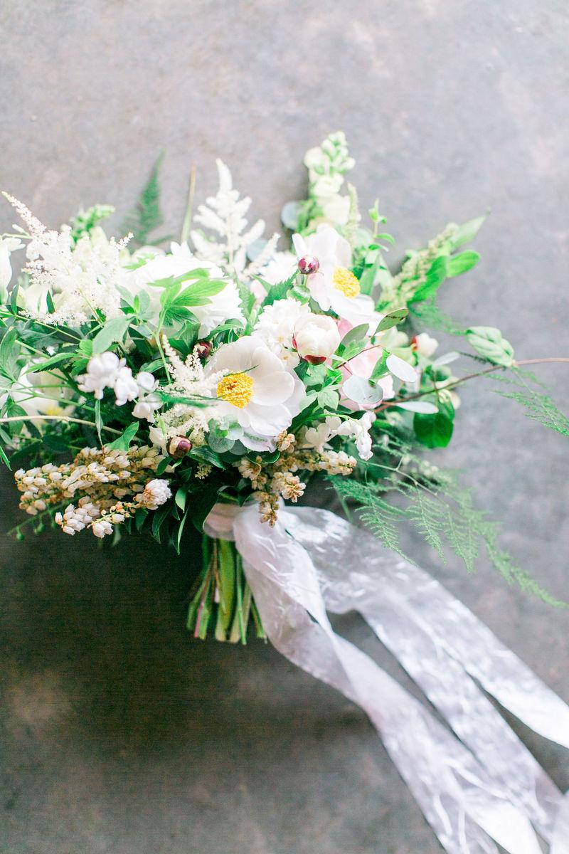 kate asire flowers flowers greenville sc weddingwire. Black Bedroom Furniture Sets. Home Design Ideas