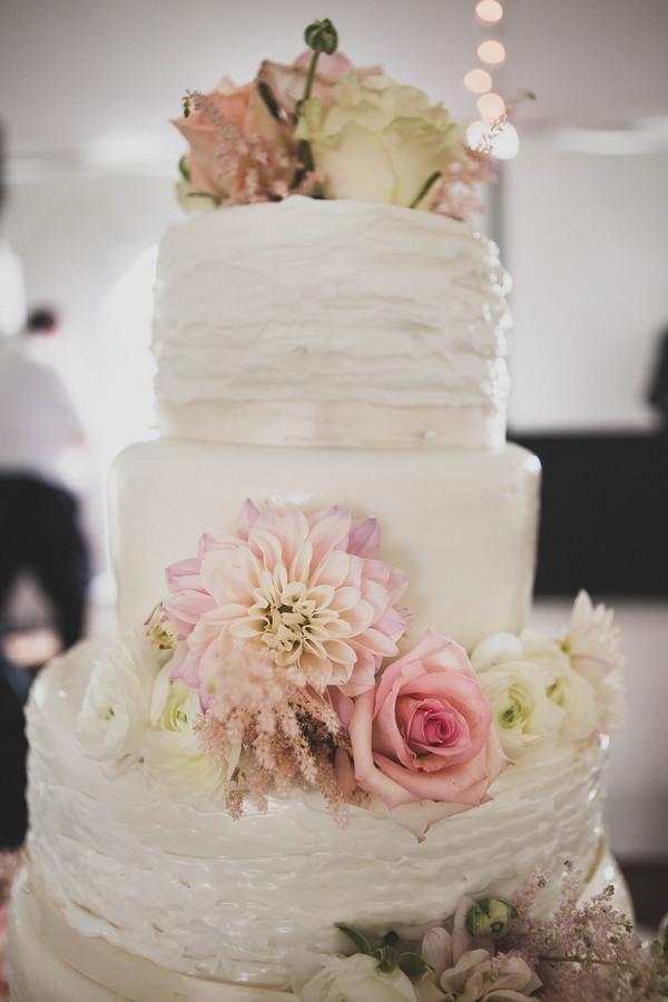 Shabby Chic Wedding Cake Photos Shabby Chic Wedding Cake