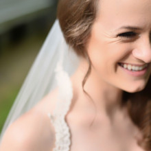 <strong class='info-row'>Thirteenth Moon Photography LLC</strong> <div class='info-row description'><html>  <head></head>  <body>    The bride opted for natural makeup.     </body> </html></div>