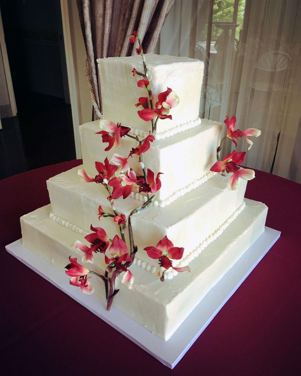 sugar beats bake shop wedding cake overland park ks weddingwire. Black Bedroom Furniture Sets. Home Design Ideas