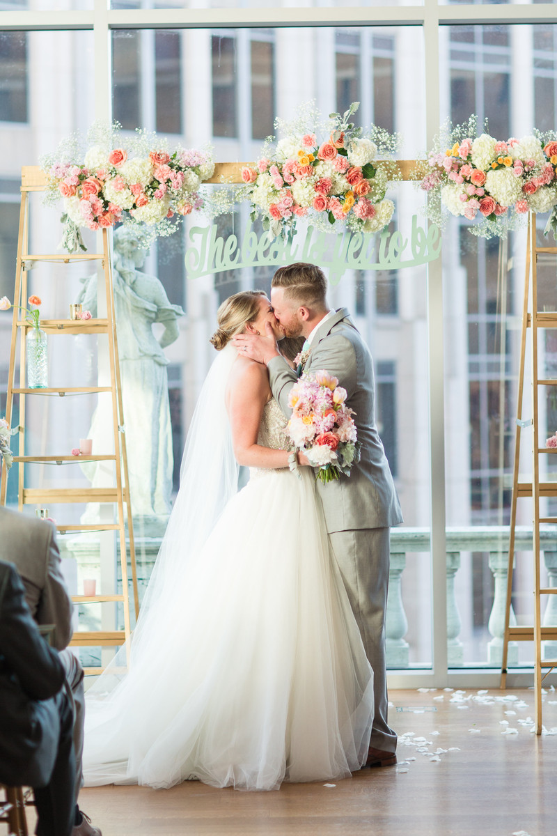Mint Charlotte Art Gallery Wedding, Wedding Real Weddings Gallery by ...