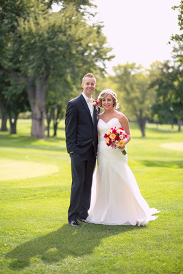 Red and black nebraska wedding wedding real weddings for Wedding dress rental omaha