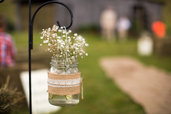 Rustic Aisle Markers Country Spring West Virginia Wedding Ceremony ...