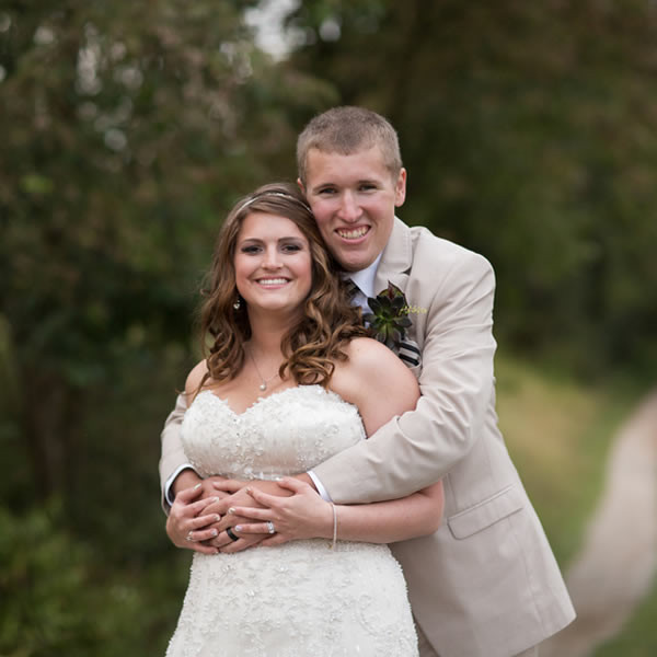 Emily And Aaron Were Married At The Barn At Woodridge In
