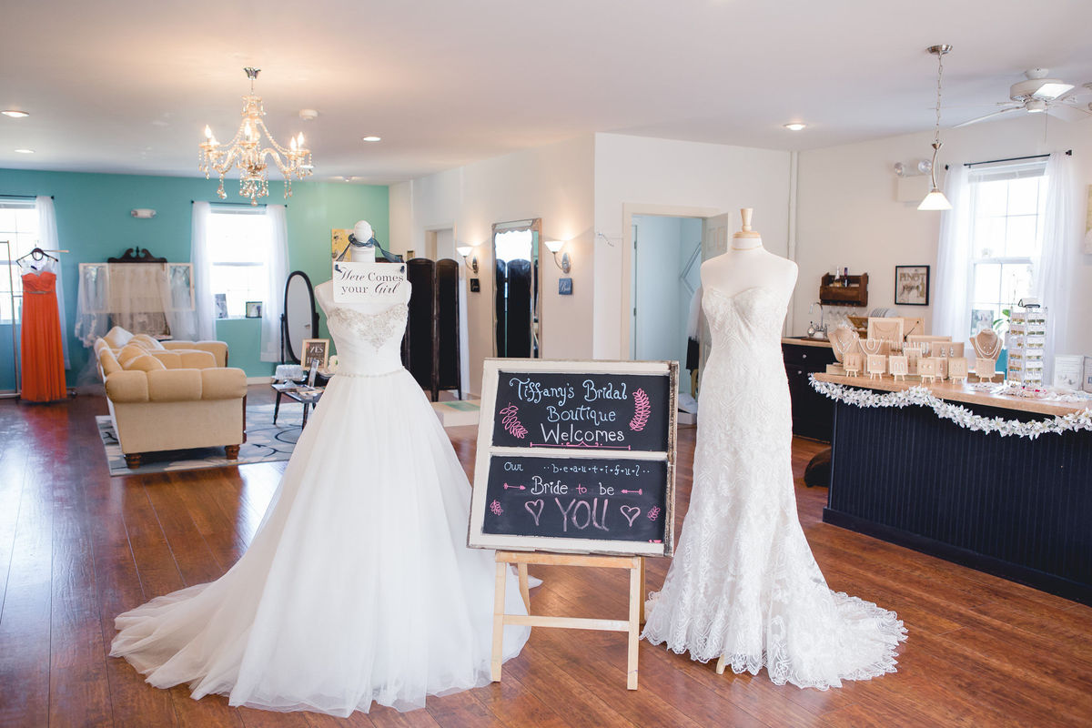 Tiffany 39 s bridal boutique dress attire stevens pa for Wedding dresses reading pa