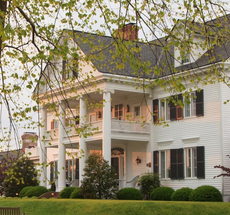 Wedding Venues Near Yorktown VA Inn At Warner Hall