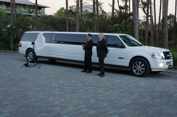 photo 9 of 654LIMO