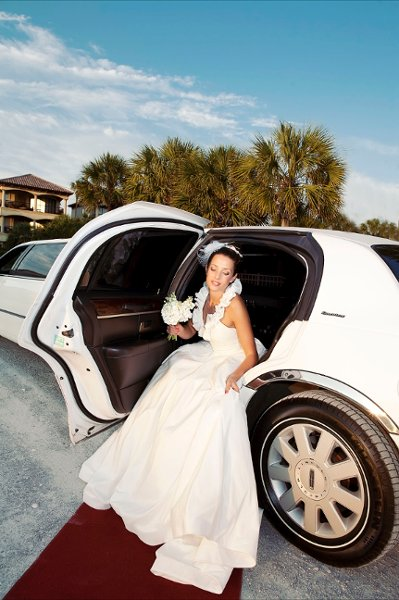 photo 1 of 654LIMO