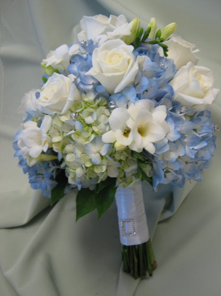 blue brown green ivory white bouquet wedding flowers photos pictures. Black Bedroom Furniture Sets. Home Design Ideas