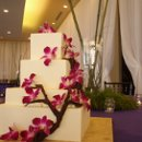 130x130 sq 1332541206137 weddingcake