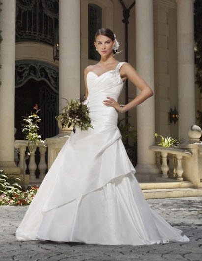 photo 6 of Venus Bridal Collection