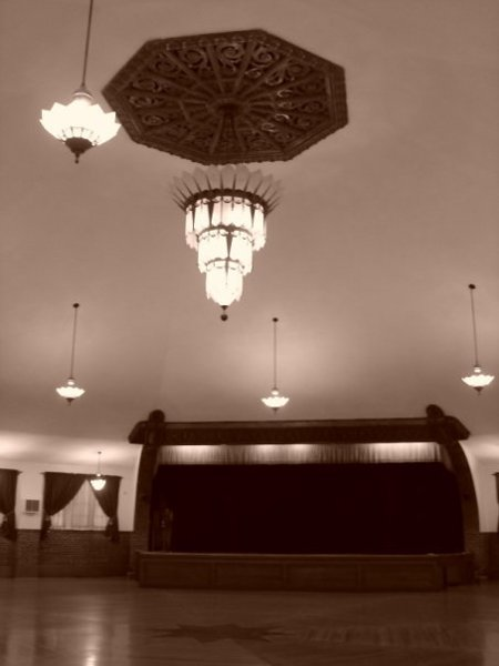 photo 6 of Chandelier Ballroom