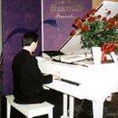 130x130_sq_1274145940341-piano1