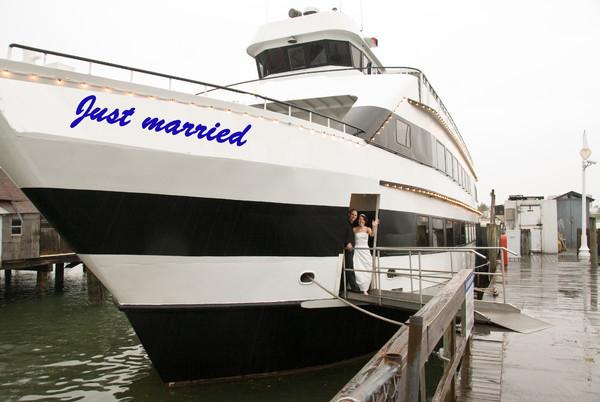 1375820859236 Aastar 2 Largo wedding officiant