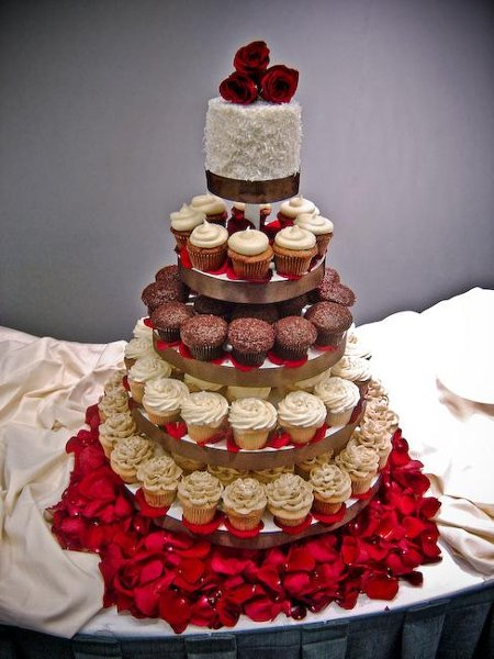 Trophy Cupcakes And Party Seattle Bellevue Wa Wedding Cake