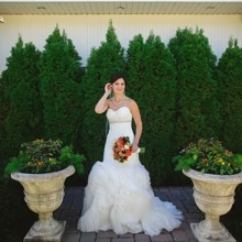 220x220 sq 1456346581973 bride in front of bella
