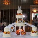 130x130_sq_1227282360485-weddingcakes004