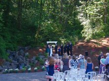 220x220 1351046233518 weddingphotolakeside12.jpg