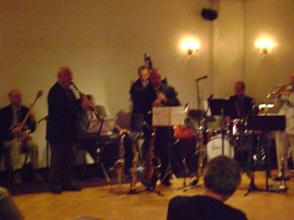 photo 6 of Mike Flaherty's Dixieland Direct Jazz Band