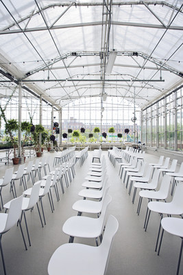 Playful michigan greenhouse wedding wedding real weddings for A j pinder salon grand rapids