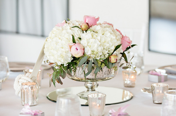 Classic nautical preppy pink white beach centerpiece