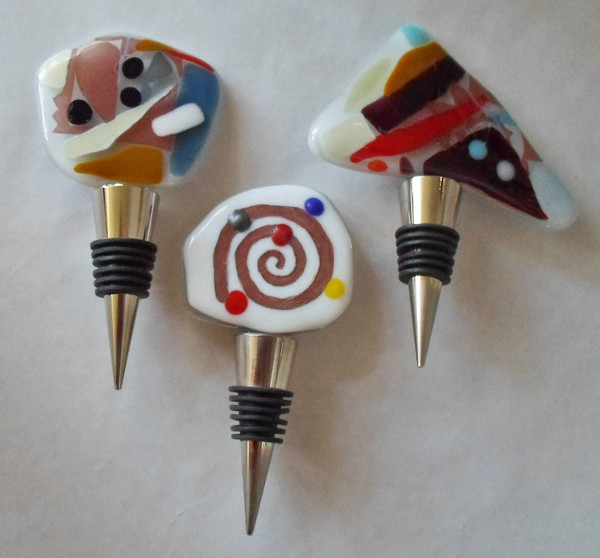 600x600 1452027490192 3 wine stoppers