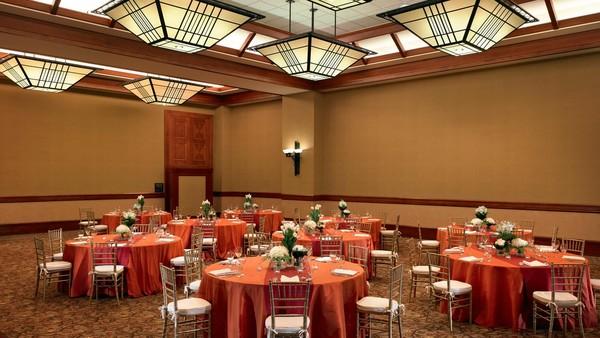 Sheraton Grand Sacramento Hotel - Sacramento, CA Wedding Venue