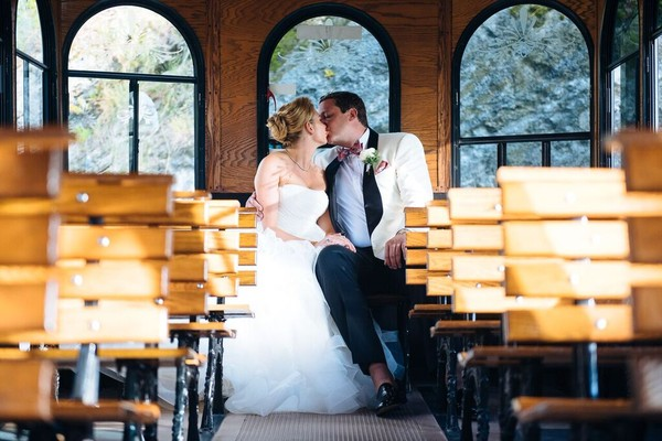 1458789993338 Unspecified 2 New York wedding planner