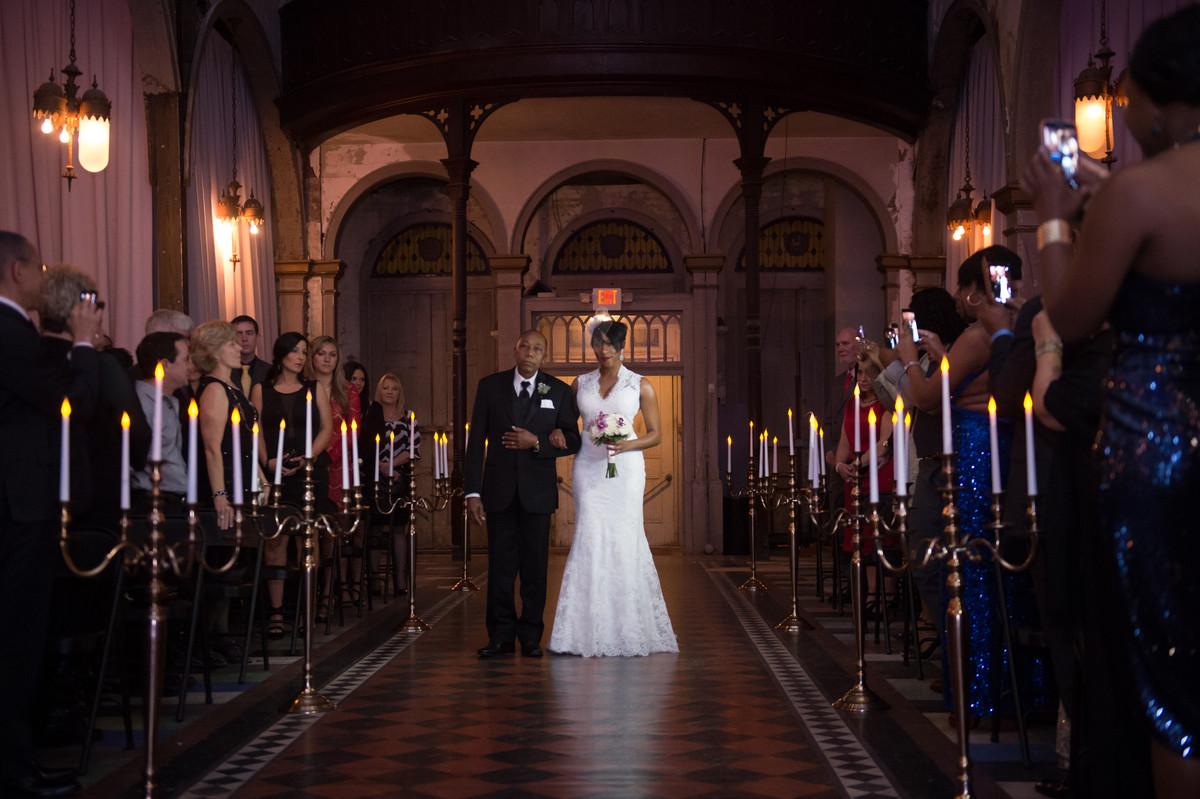 Lavish Purple New Orleans Wedding, Wedding Real Weddings Gallery By  WeddingWire Real Weddings 45
