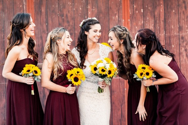 Bridgets Bridesmaids Wore Burgundy Hued Gowns Venue Legends Ranch Event Planner Archel