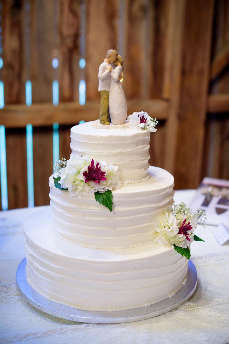 Barn Indiana Summer Wedding Cake Wedding Cakes Photos Pictures